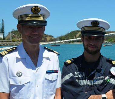 Éric Mévelec, directeur des Affaires maritimes, Pierre-Antoine Gravereaux, commandant de La Moqueuse, et Jean-Louuis Fournier, commandant de la Zone maritime.