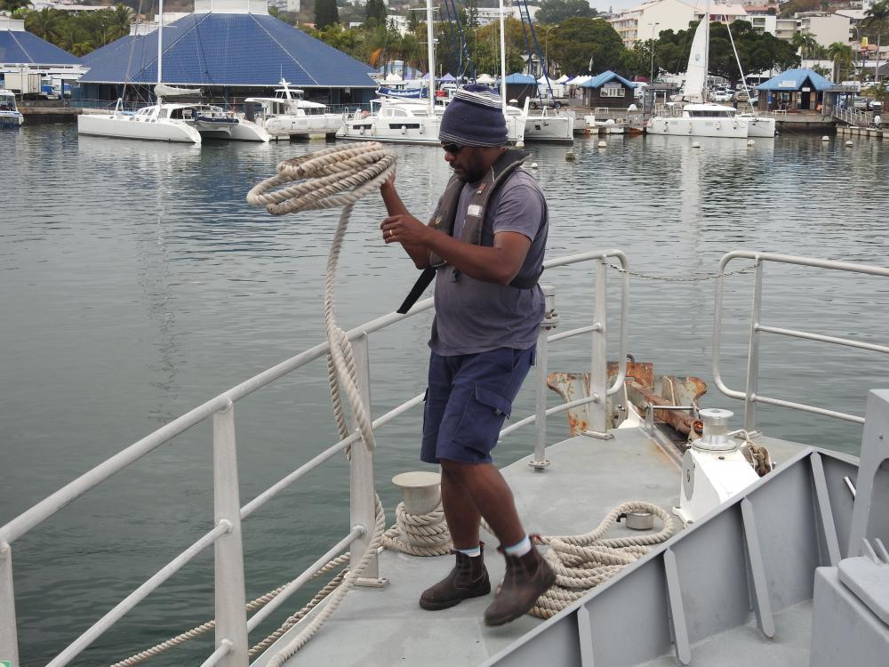 Marin à bord du navire, l'Amborella © DAMMC SPE